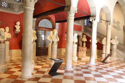 Palais Loredan01-01
